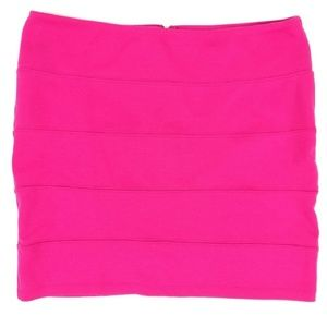 * xhilaration pink textured mini skirt back zip up